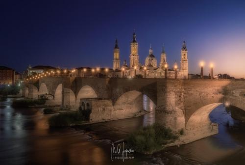 Basilica-Pilar-Puente-Romano-Zaragoza-Espana