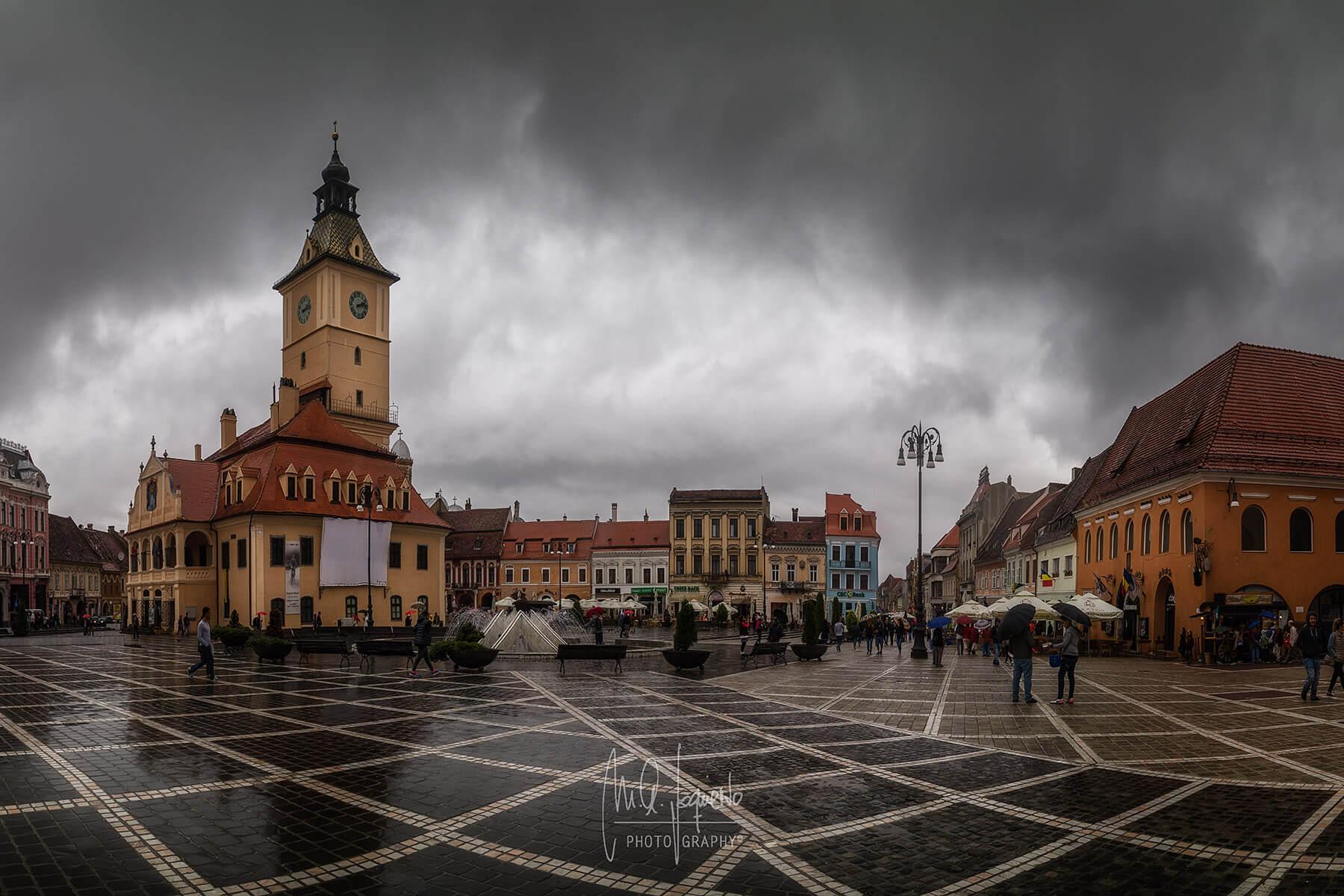 Brasov_Piata_Sfatului_