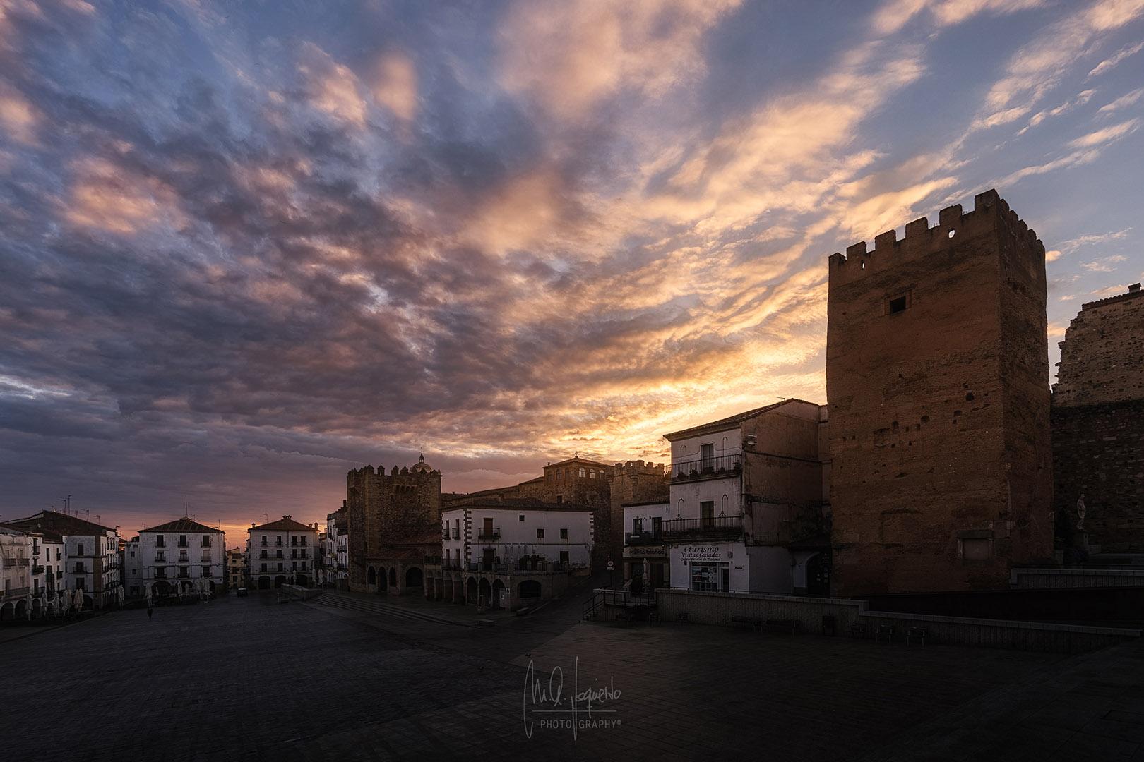 Plaza-Mayor-Caceres-Extremadura-Spain
